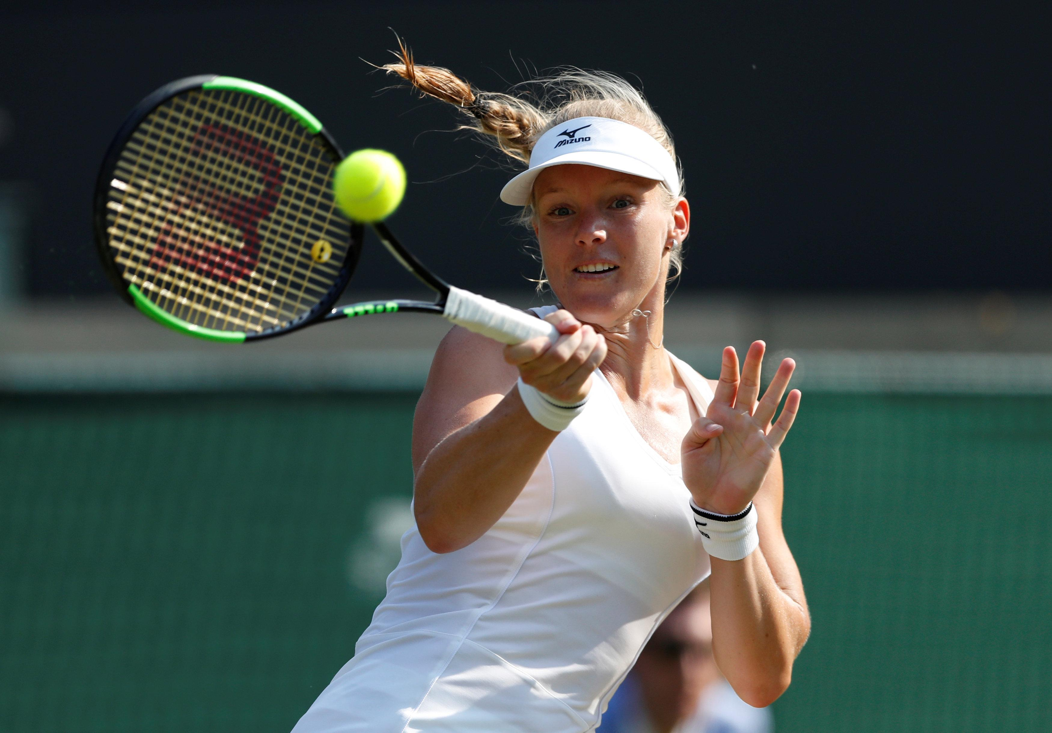 Which stars will book their place in the quarter-finals of the ladies' singles?