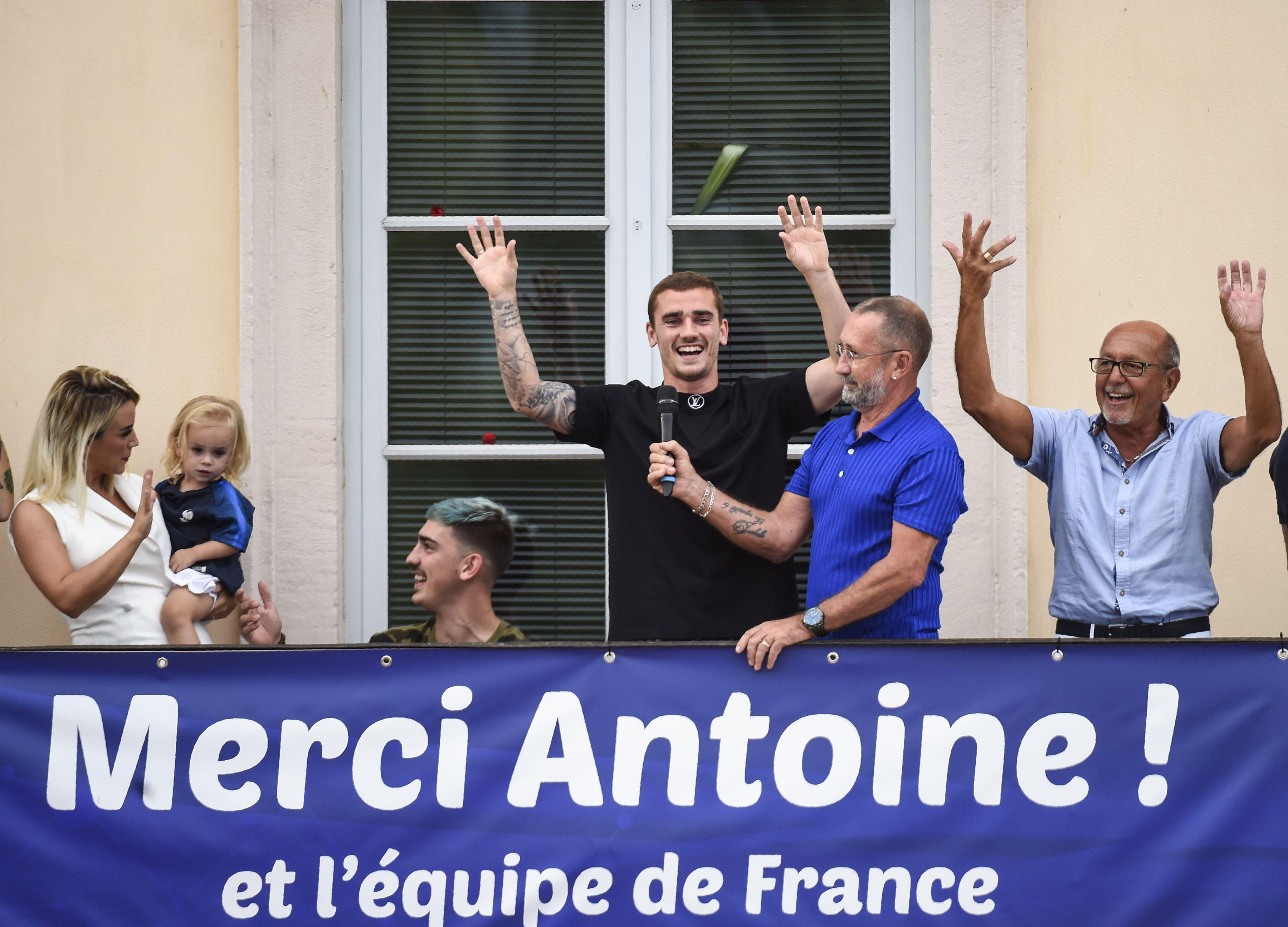 A banner thanked Griezmann and the rest of the French team