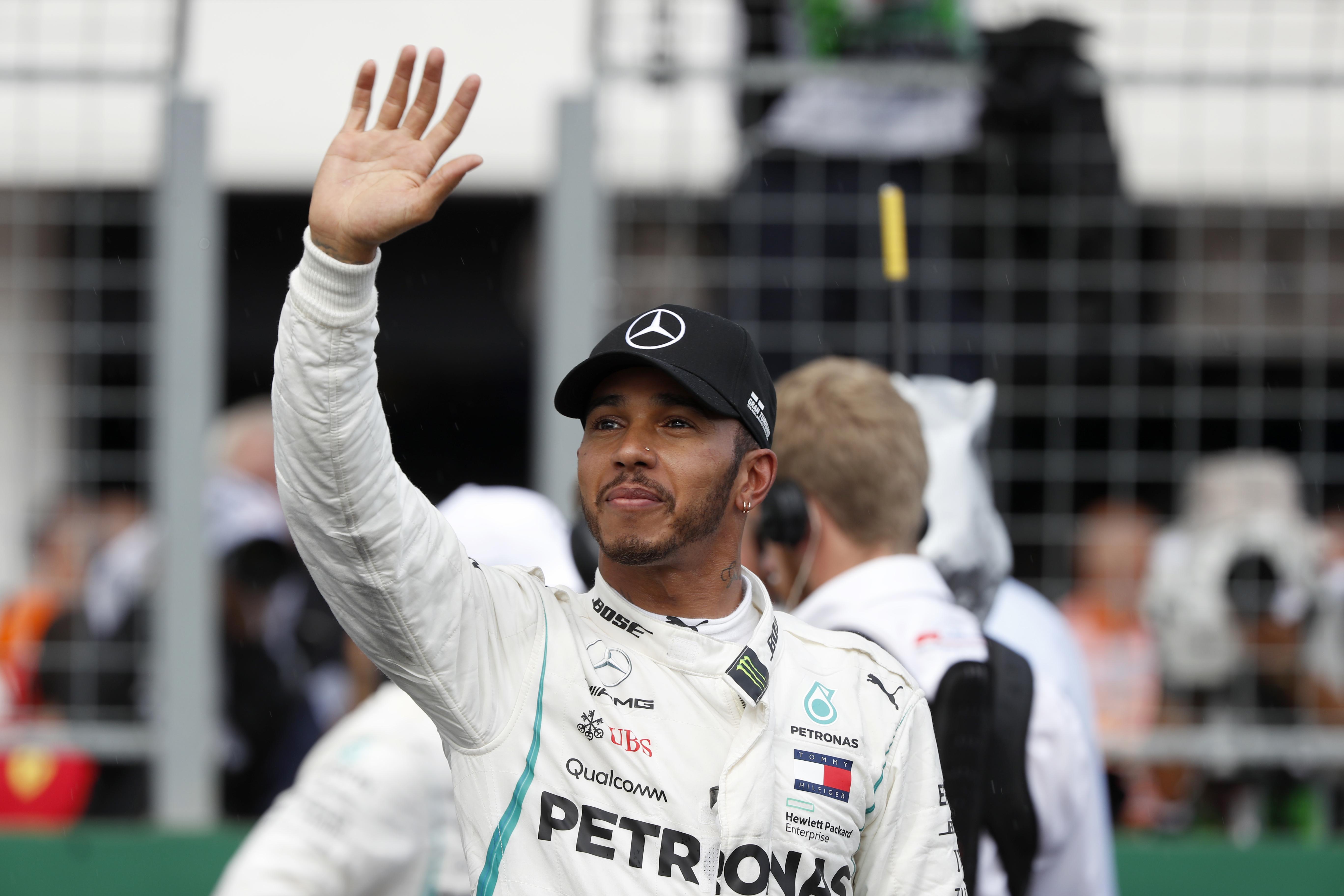 Hamilton claimed pole on a rain-soaked Hungaroring circuit