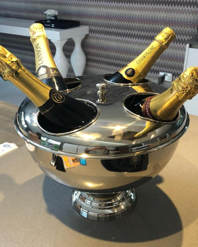 There are glam details like this champagne chiller