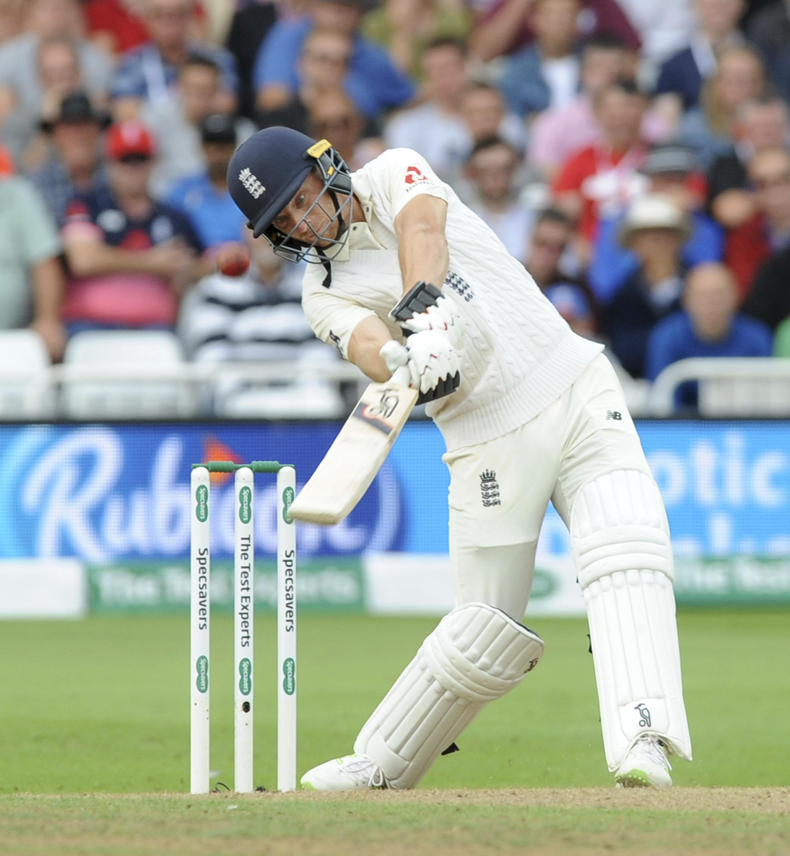 Jos Buttler reached 1,000 Test runs during his knock