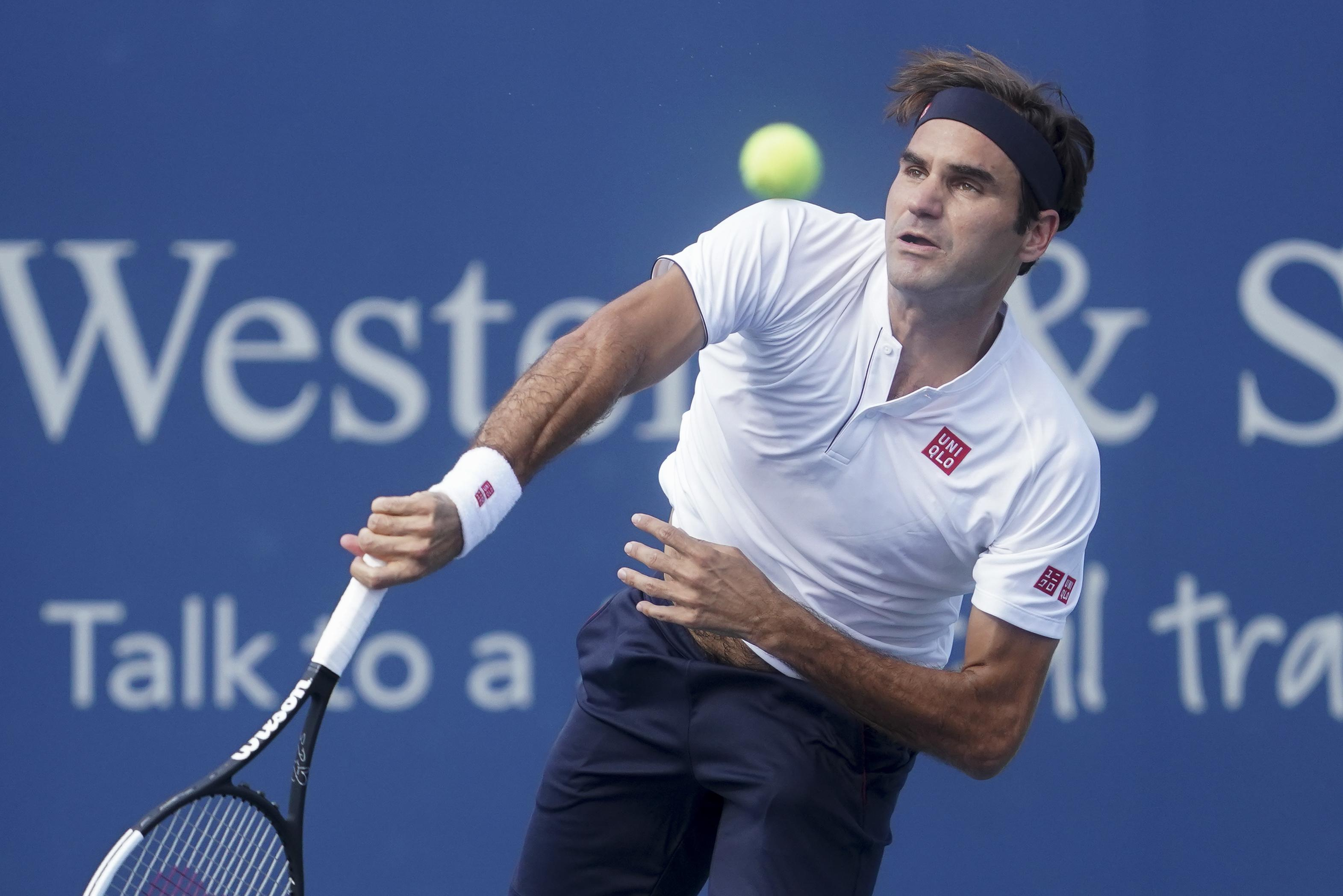 Federer could not consolidate the break as he continued to struggle to find his best tennis