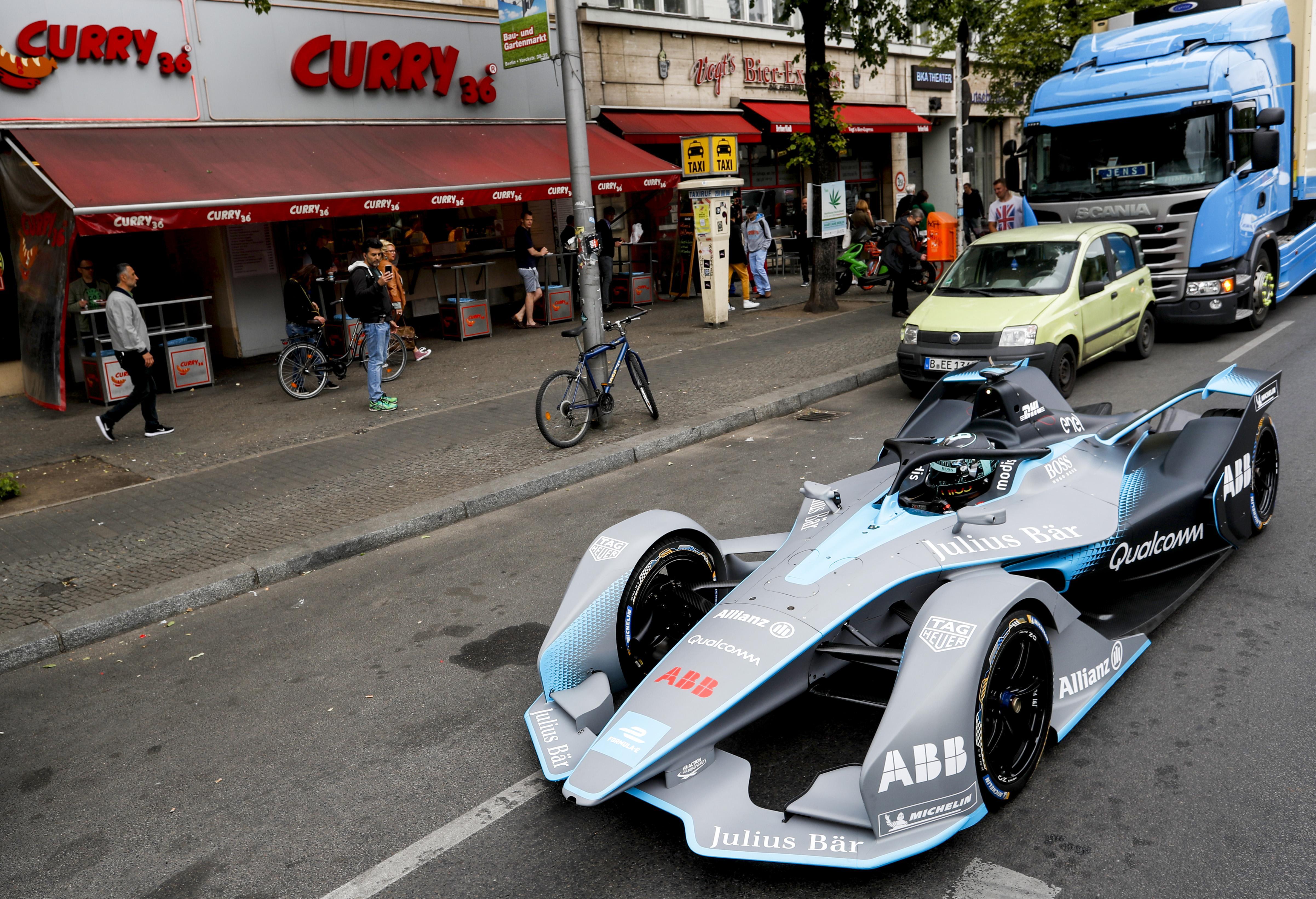 Here is Nico Rosberg driving Gen2 car in the streets of Berlin