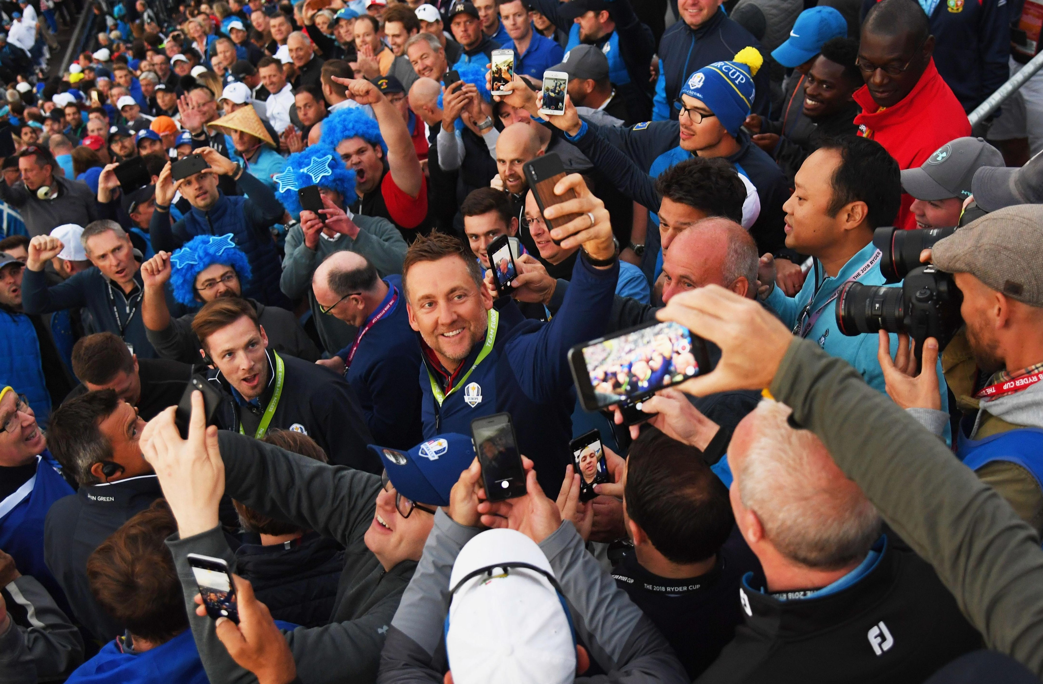 Poulter took this epic selfie with fans