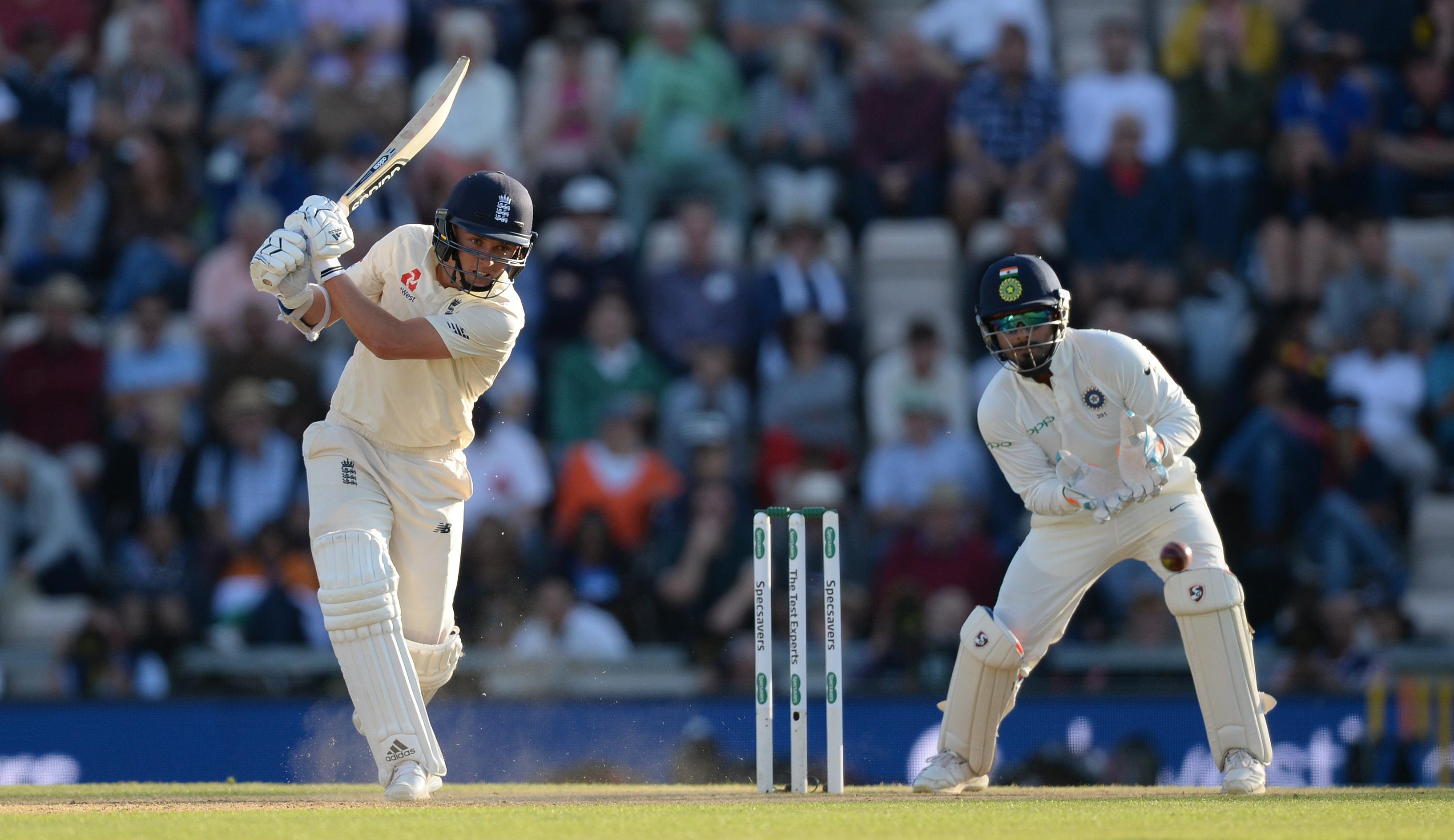Sam Curran batted beautifully as he finished the day unbeaten on 37