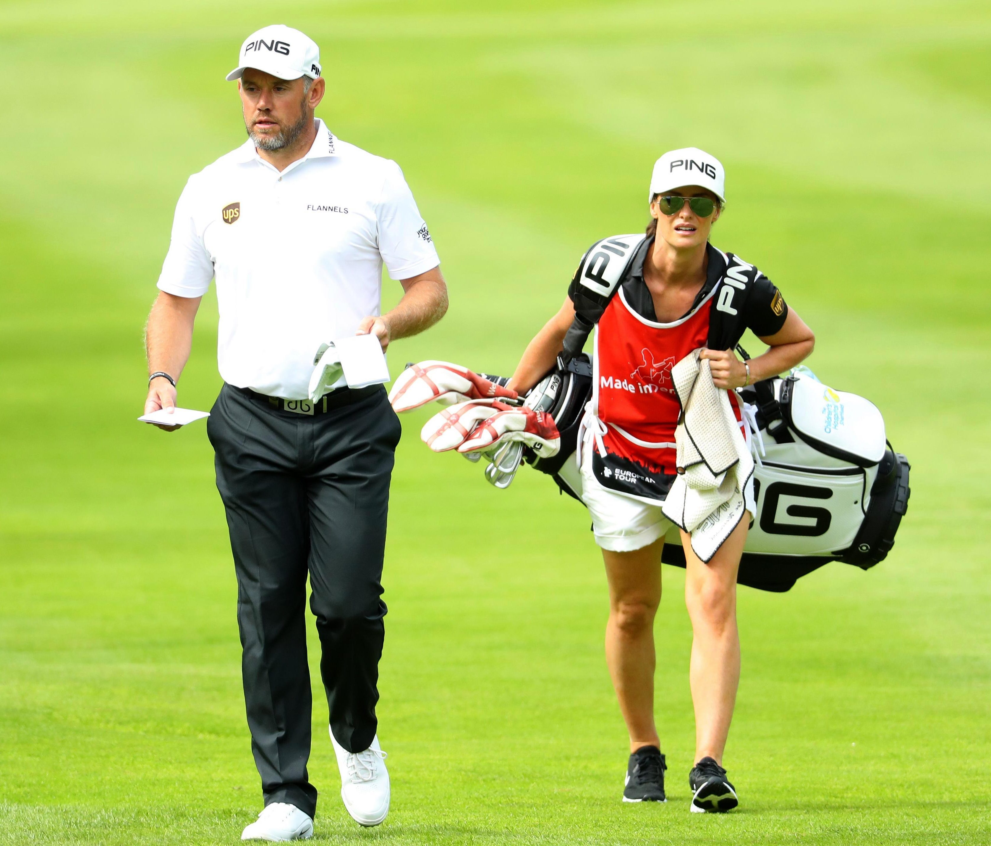 It's not the first time that Helen has caddied for her boyfriend