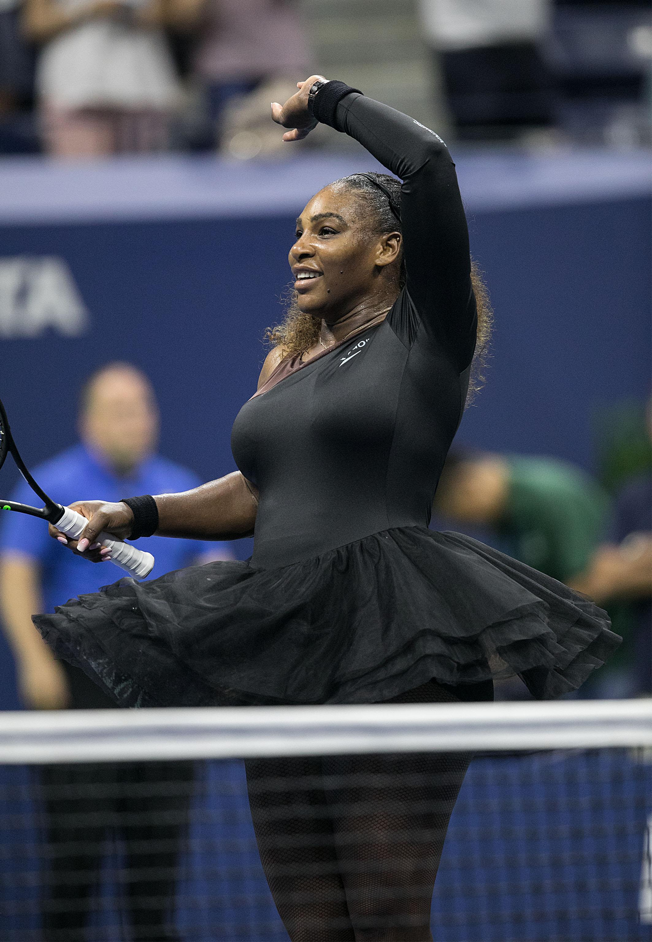 Serena Williams storms to the US Open semi-final after a straight sets win over Karolina Pliskova