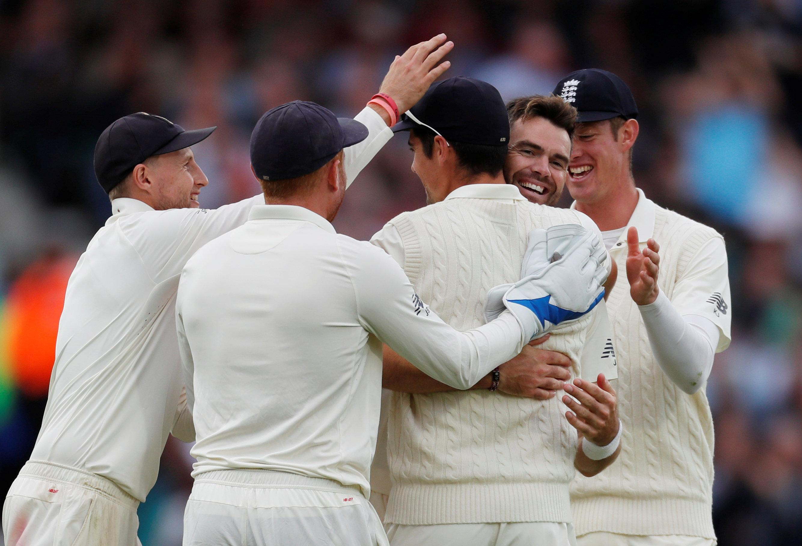 England are looking to send opener Alastair Cook into retirement with victory in his final Test.