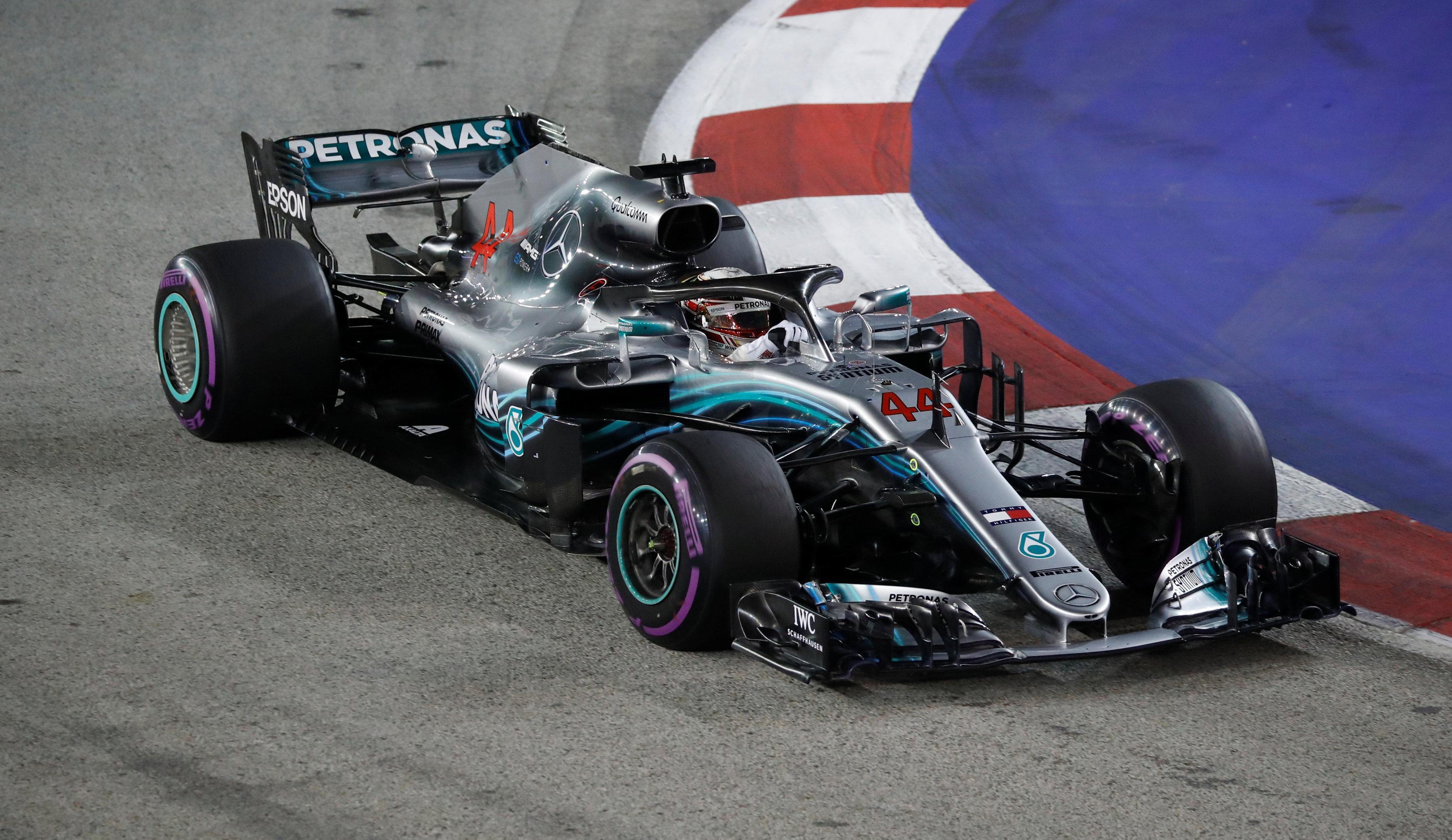 Hamilton stormed to a brilliant Singapore GP pole