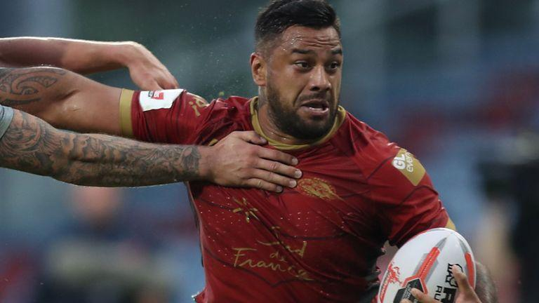 Catalans player Kenny Edwards has described abuse he has received from fans as 'disgusting'.
