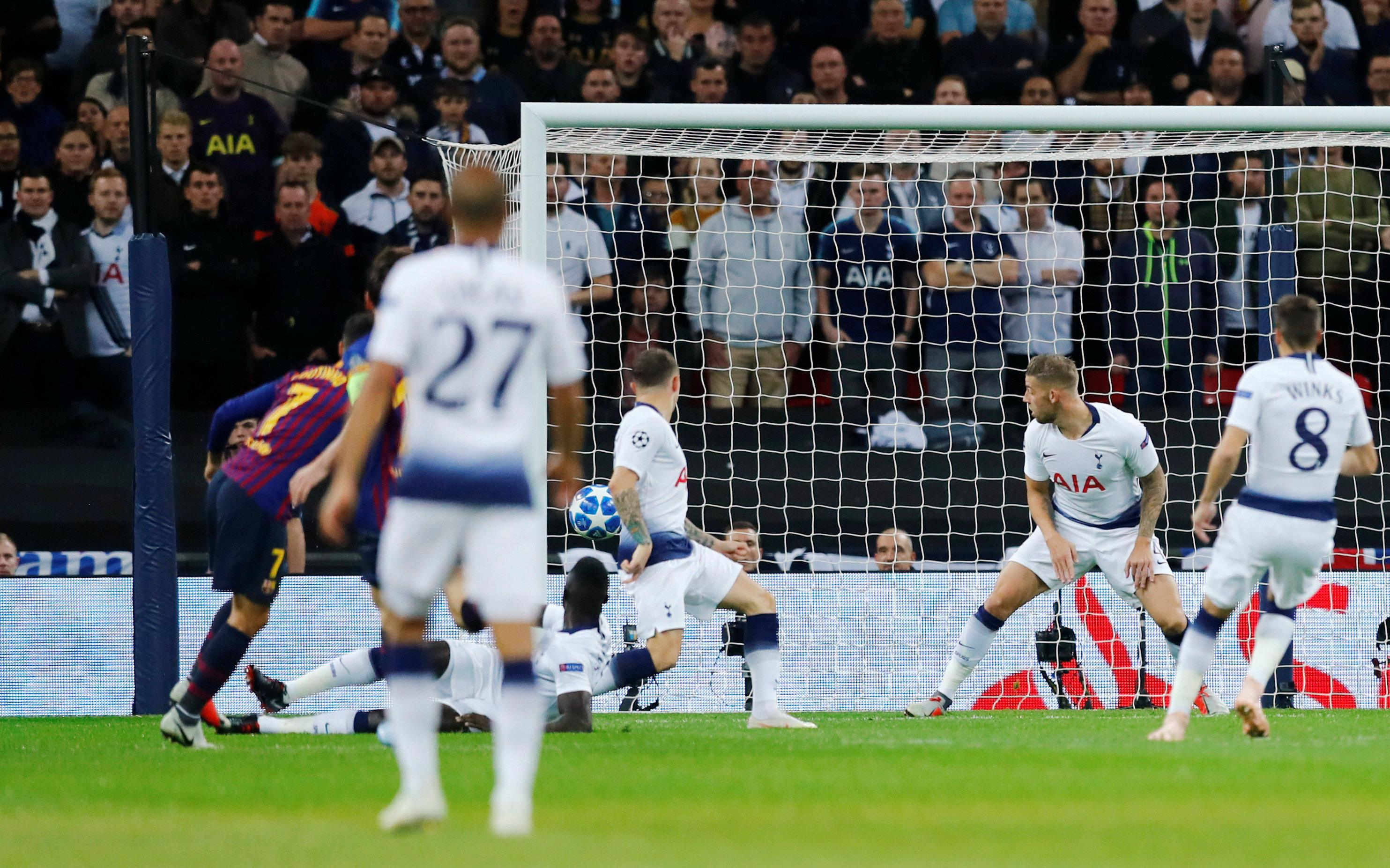 Hugo Lloris hared off his line to allow Philippe Coutinho score early on