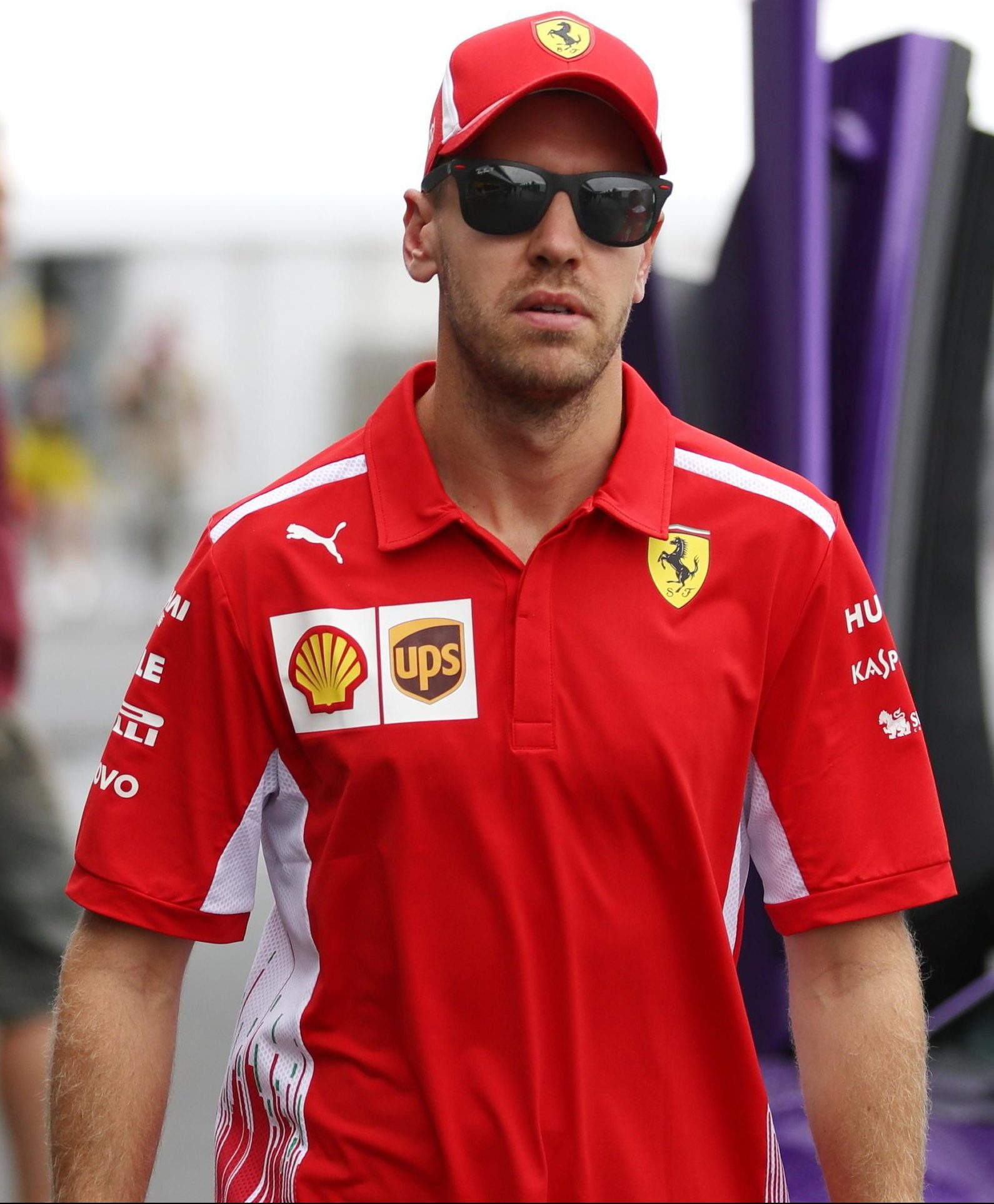 Sebastian Vettel has it all to do in Japan to make up ground on Lewis Hamilton