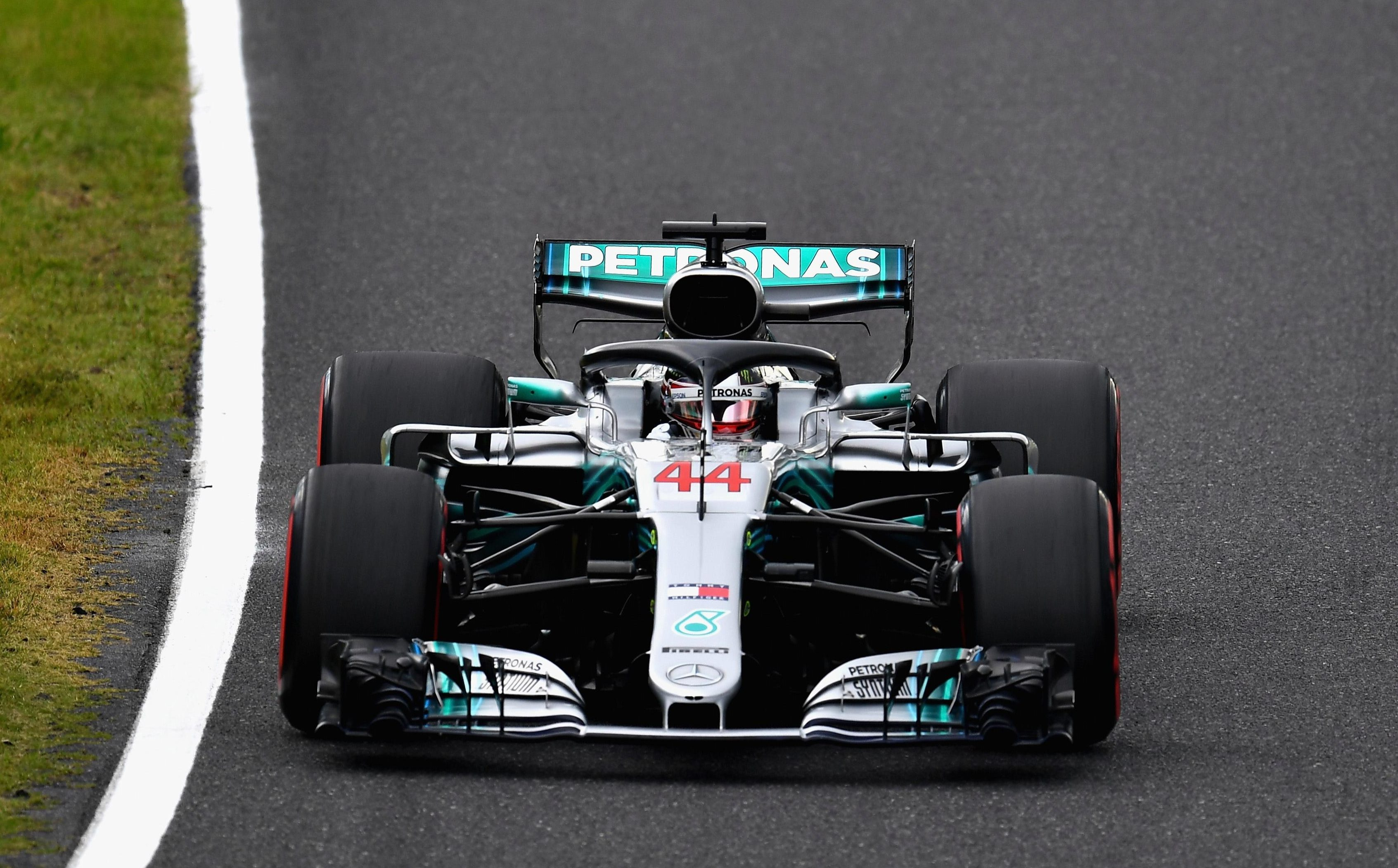 Lewis Hamilton qualified on pole for the Japan GP