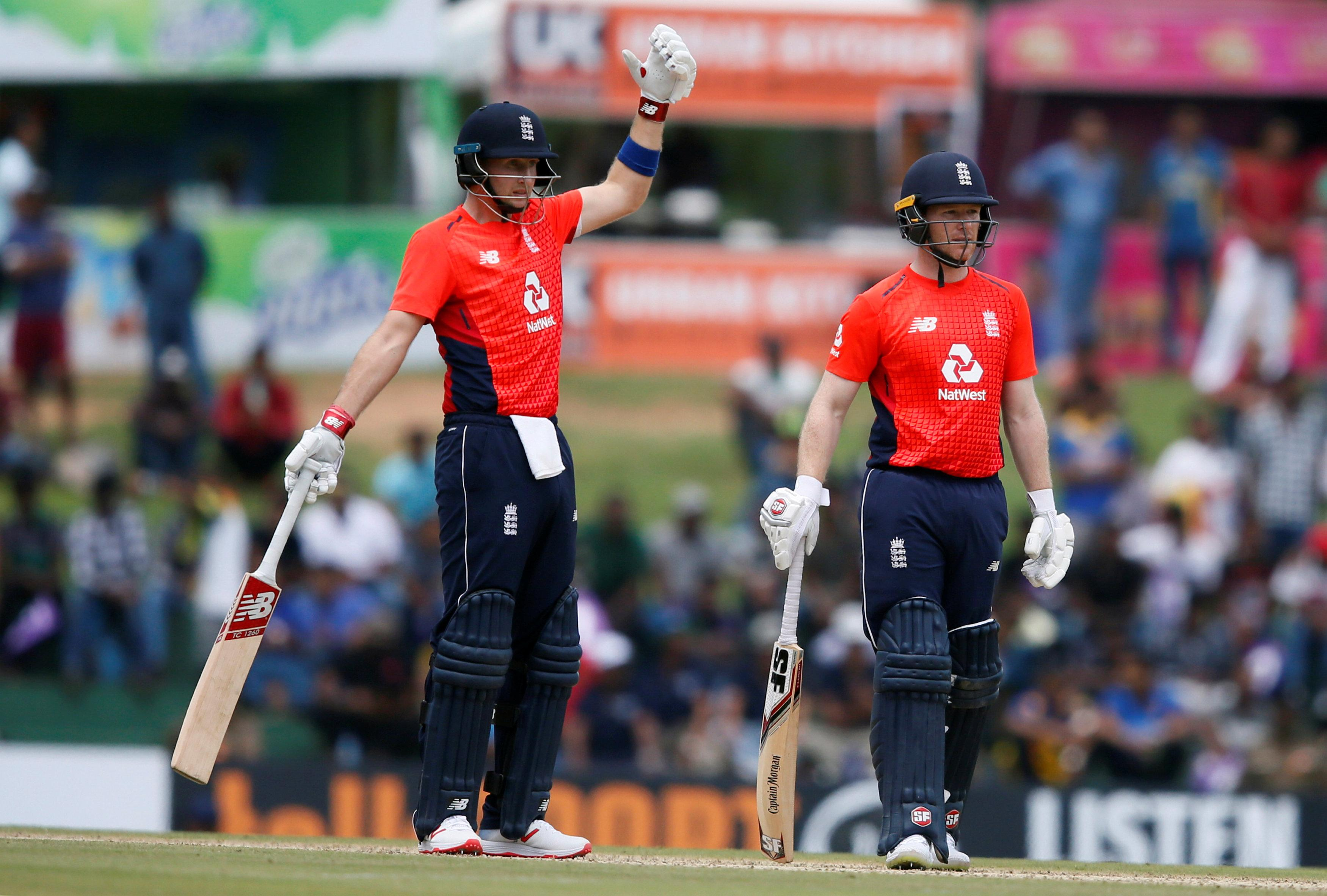 England had reached 92-2 from 15 overs before the heavens opened
