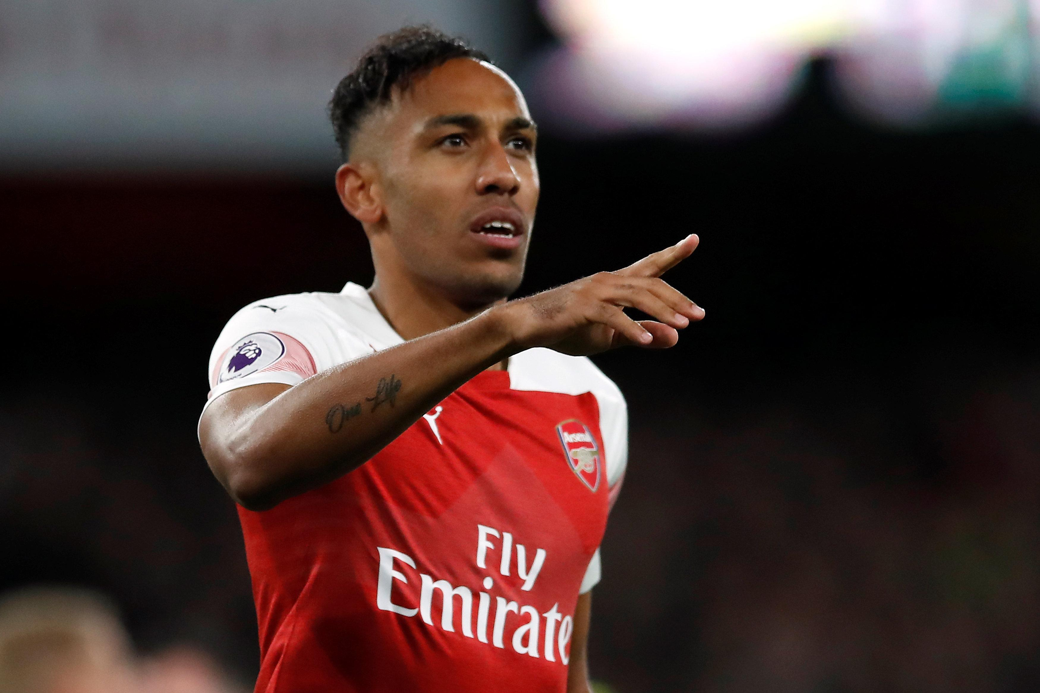 Pierre-Emerick Aubameyang scored twice as Arsenal beat Leicester 3-1