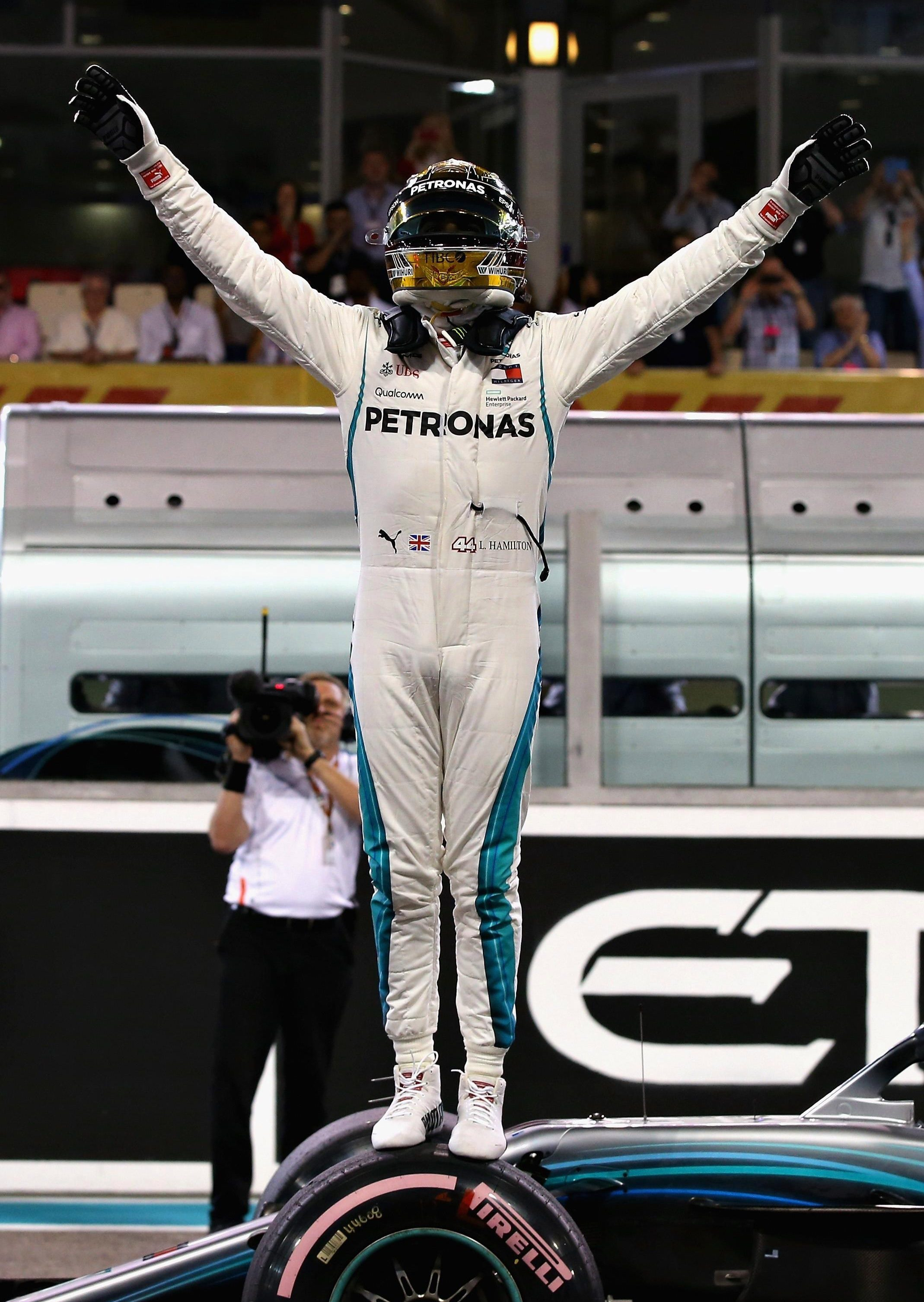 Lewis Hamilton claimed his 11th pole of the season and his 83rd in his career