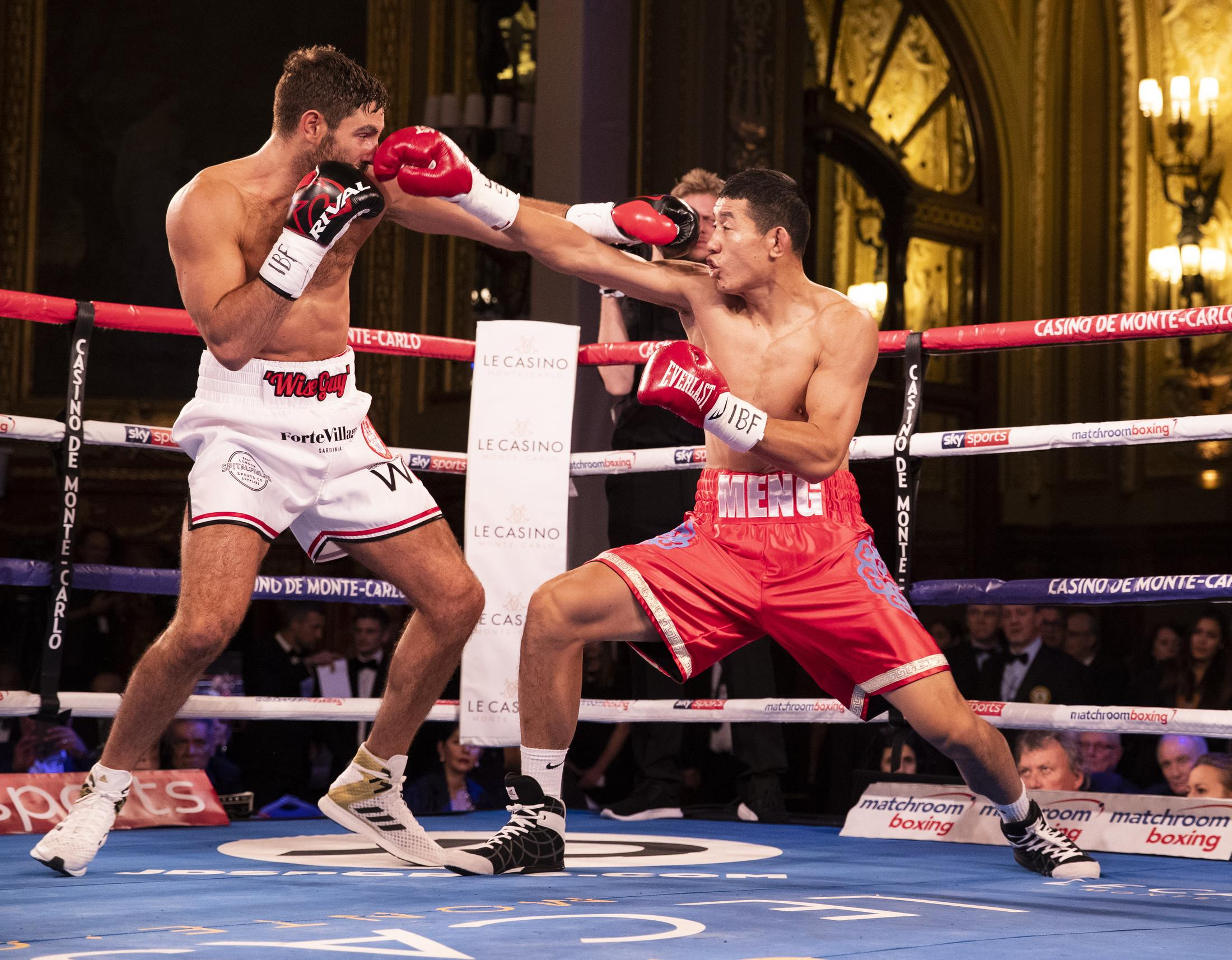 Frank Buglioni suffered a deep cut above his right eye in the stoppage