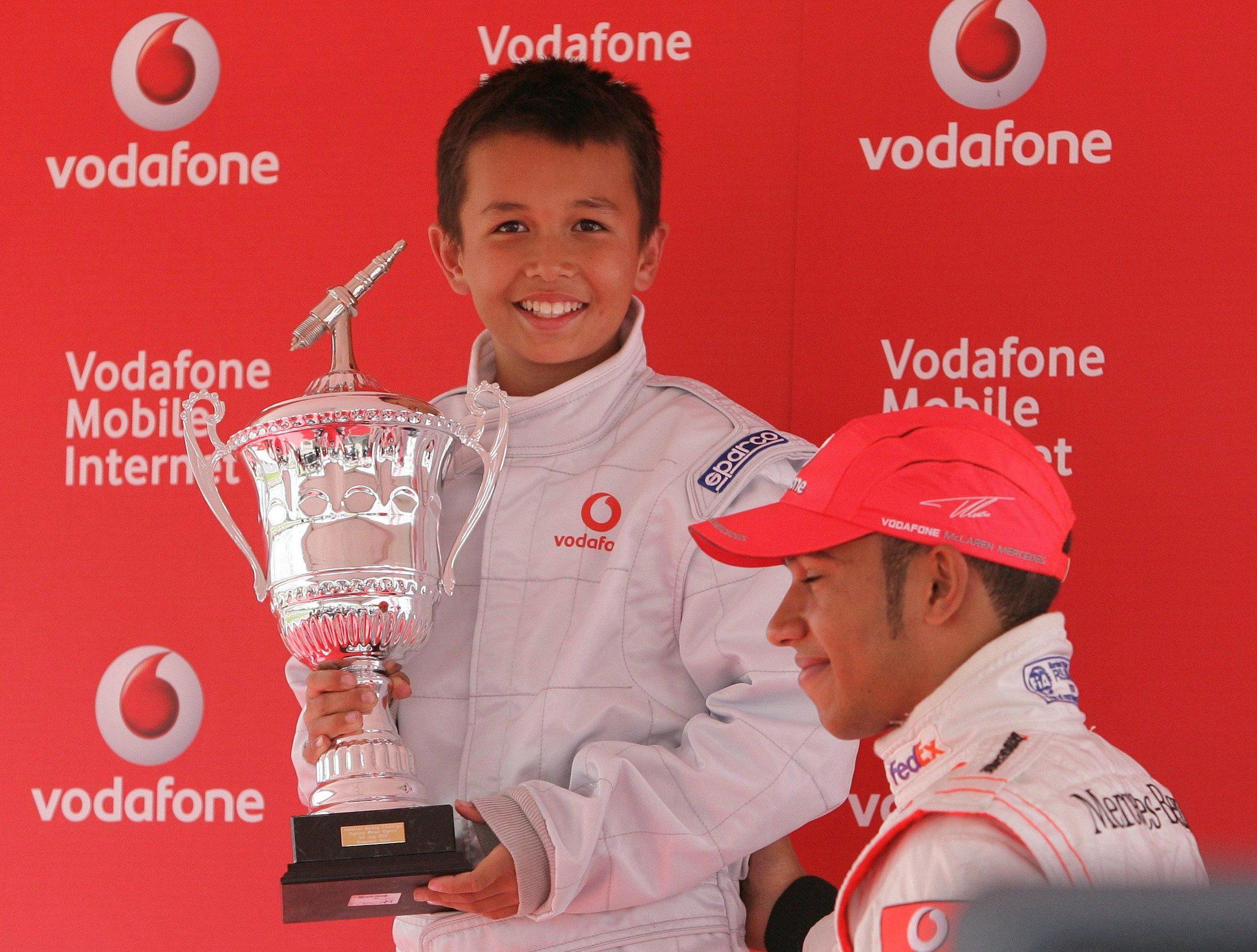 Alexander Albon alongside Lewis Hamilton in 2007