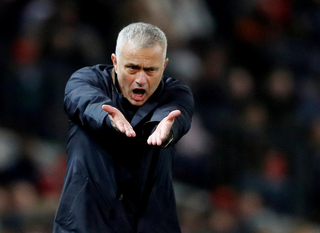 Mourinho says Sanchez was not injured for the game