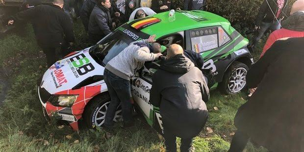 Vanlessen's car crashed in the 6th stage of the event