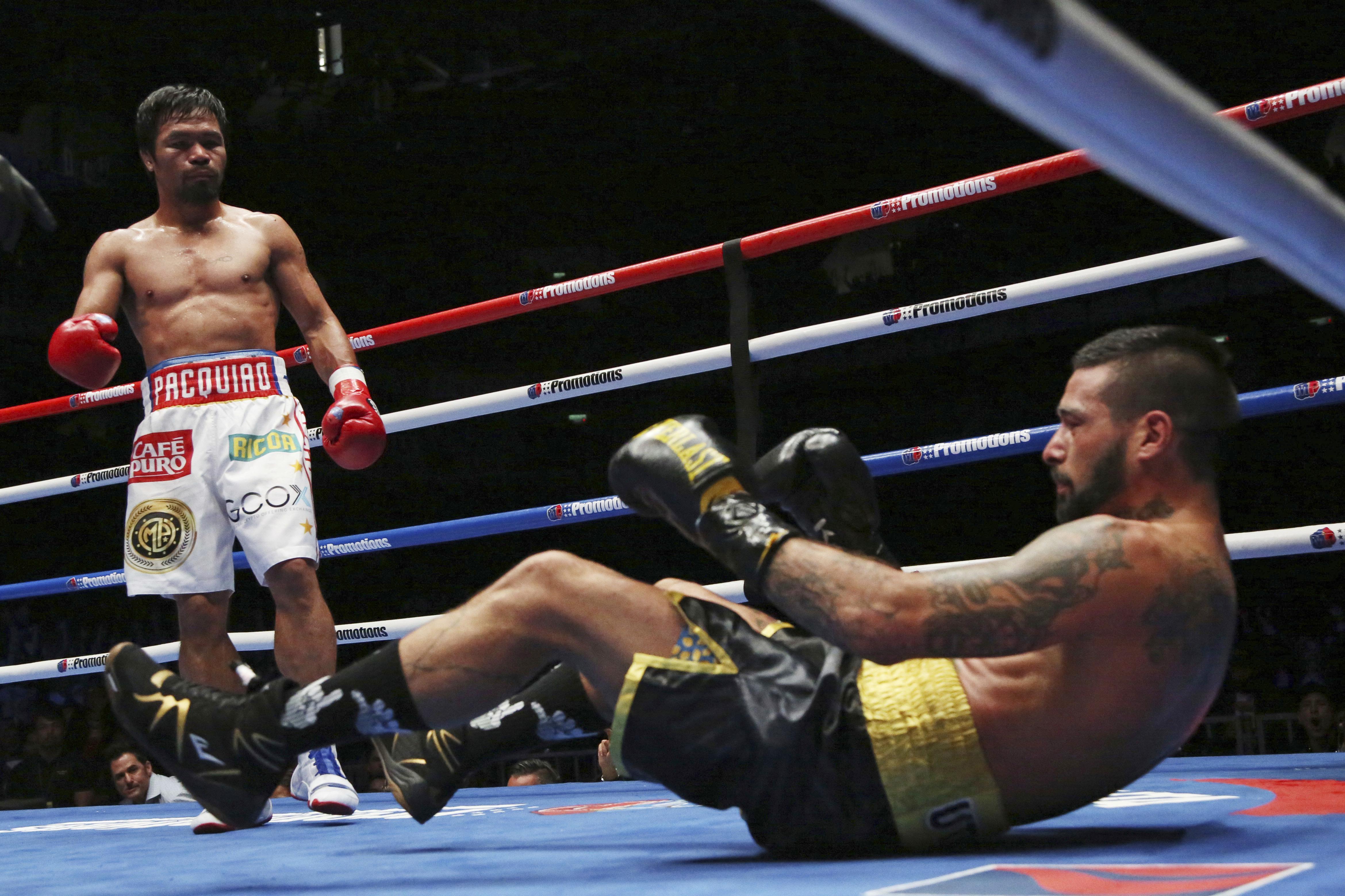 The Filipino claimed the WBA Regular title