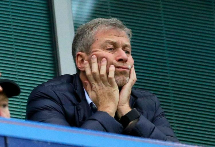 Should Sarri be thinking about looking over his shoulder with owner Roman Abramovich happy to wield the axe