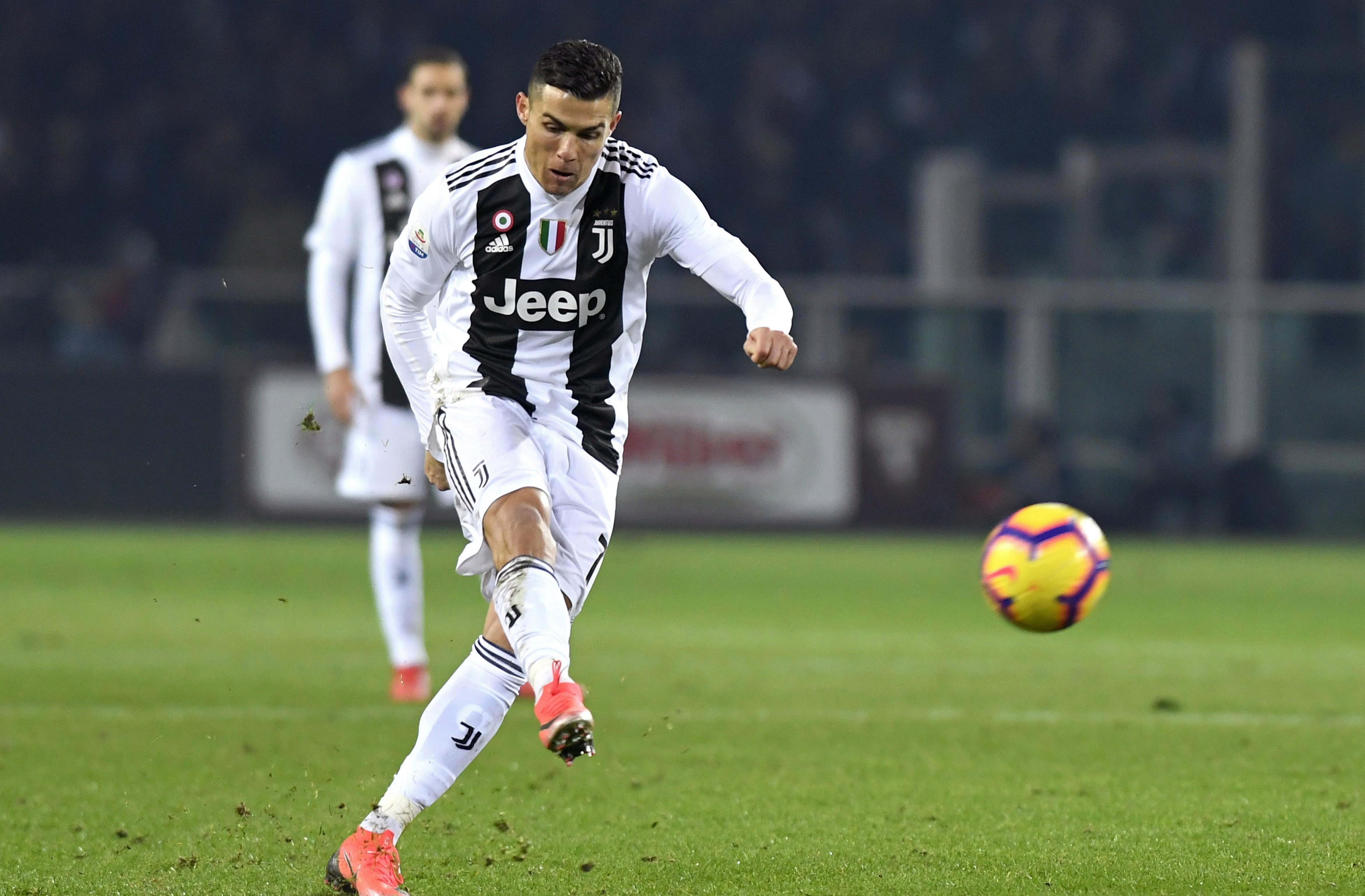 The Juventus star made the headlines with this botched free-kick attempt