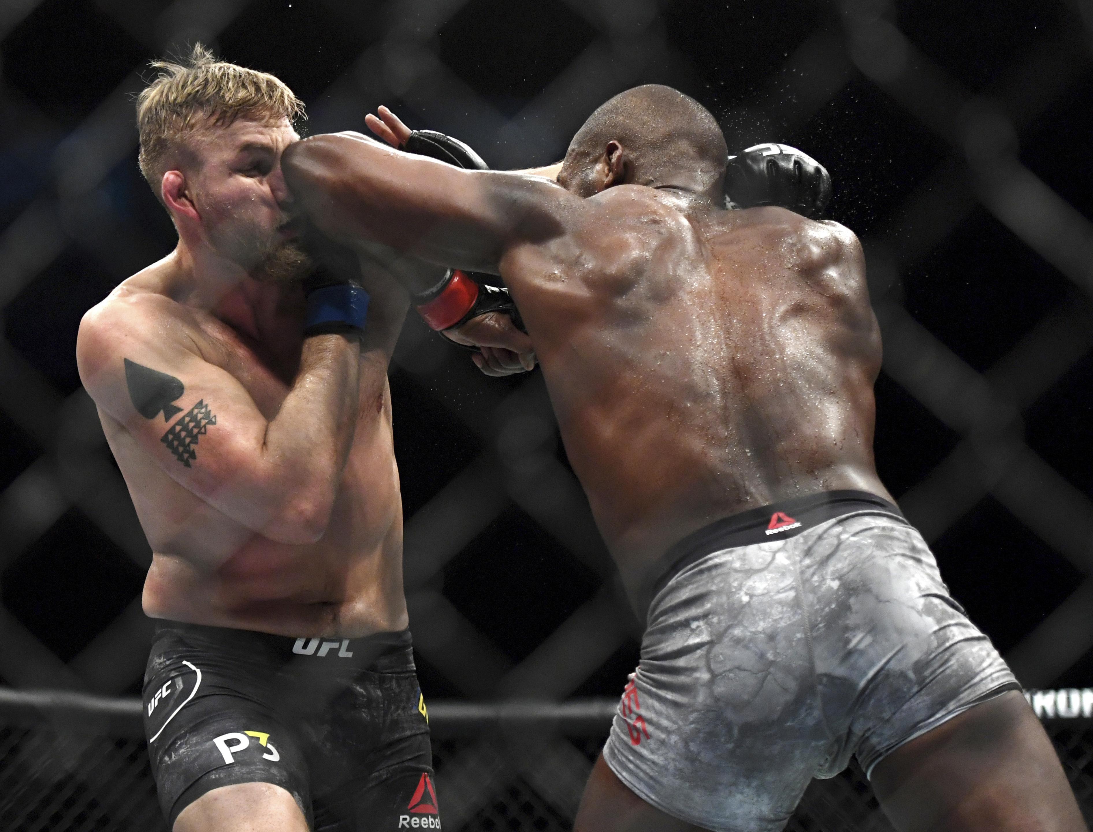 Jones beat Gustafsson at UFC 232