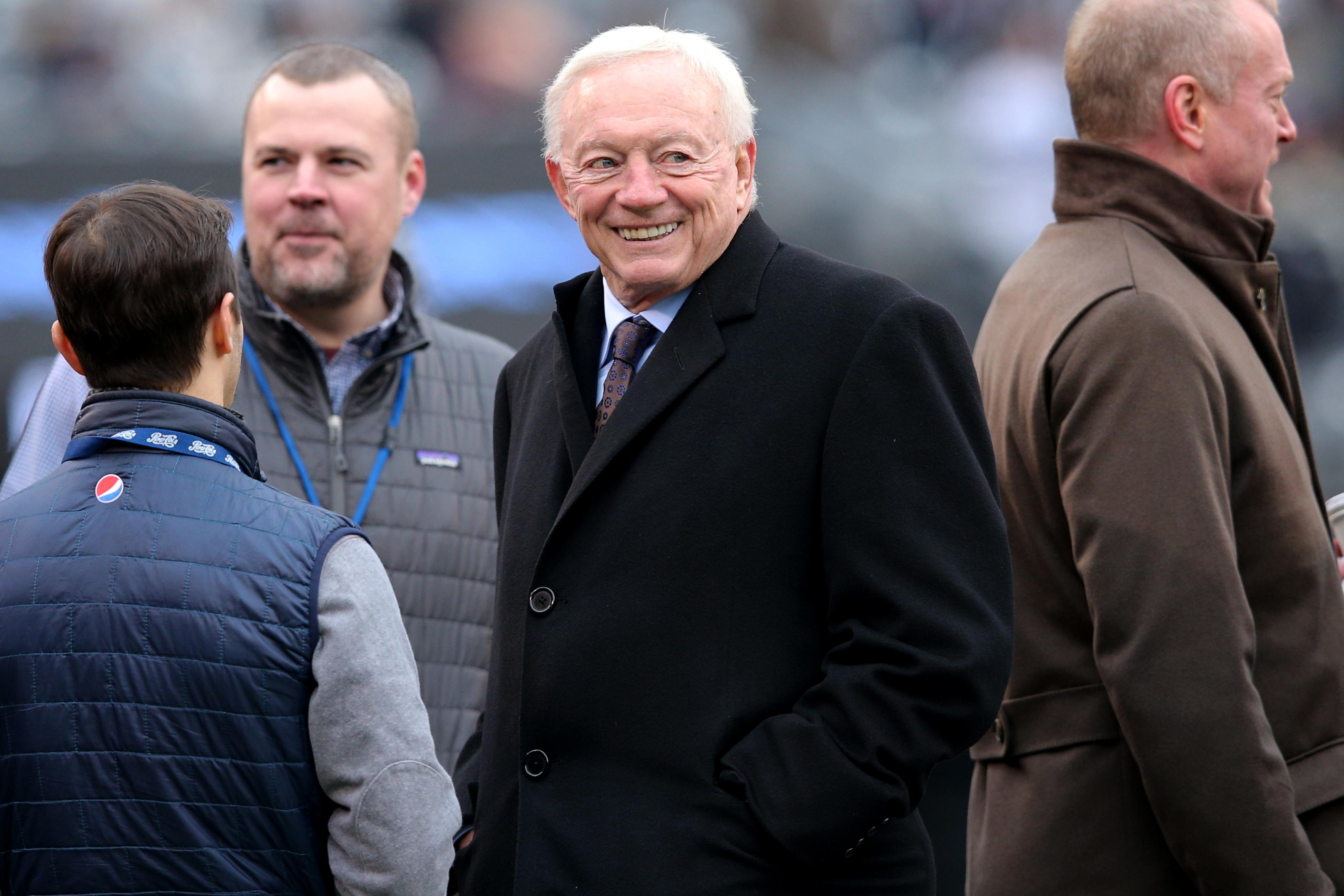 Jerry Jones celebrated the Cowboys' play-off win by buying a £195m yacht