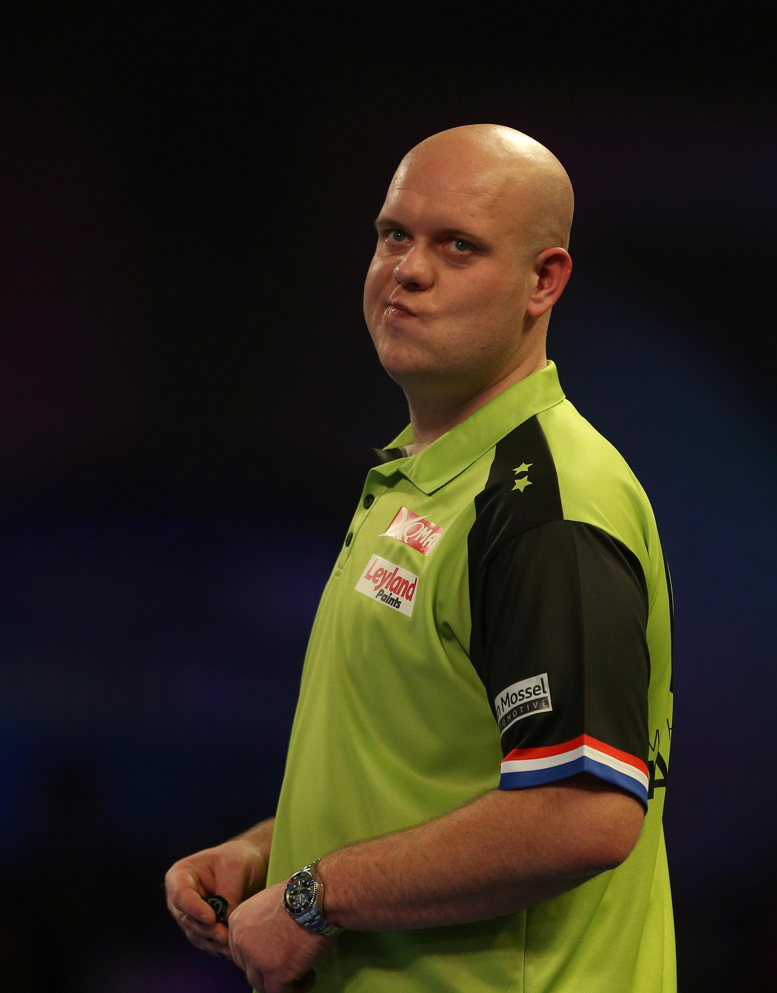 Michael van Gerwen is looking for a third PDC World Darts Championship as he takes on Michael Smith