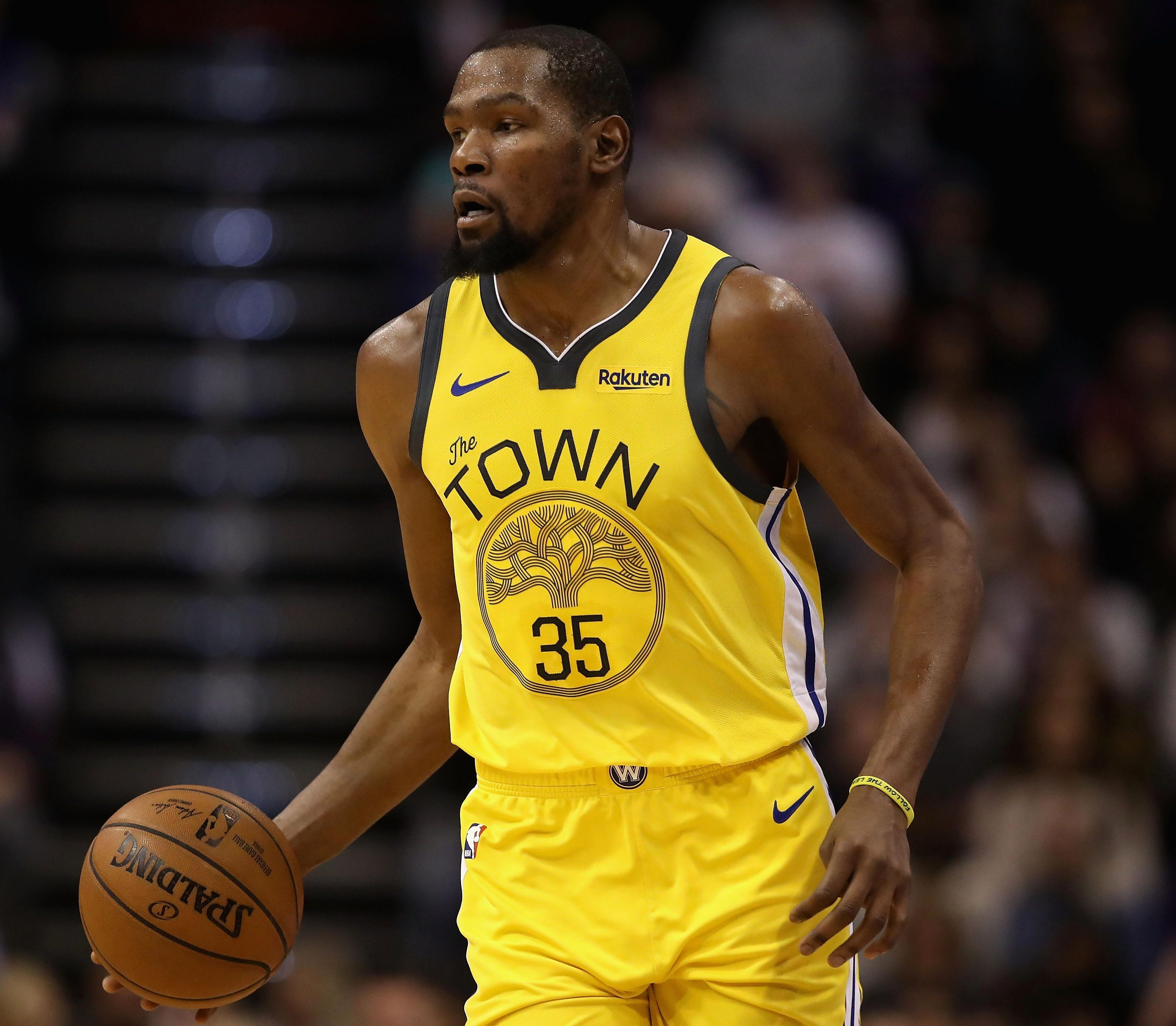 Golden State Warriors star Kevin Durant is apparently dating Sabrina Brazil