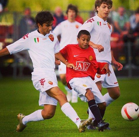 Jesse Lingard recalled this game, an Under-16s game against Roma, where he was massively undersized compared to the Italians during the interview