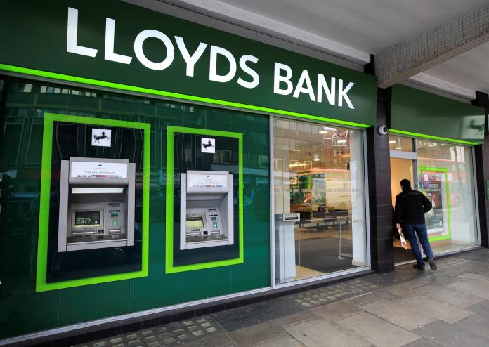 Lloyds Bank customers are reporting problems with the bank's internet and app