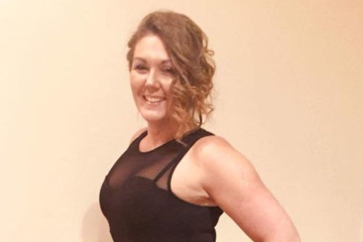 Girl's dress left at ex's place after sex sparks Twitter spat when ex-boyfriend's MUM posts pics of herself in it