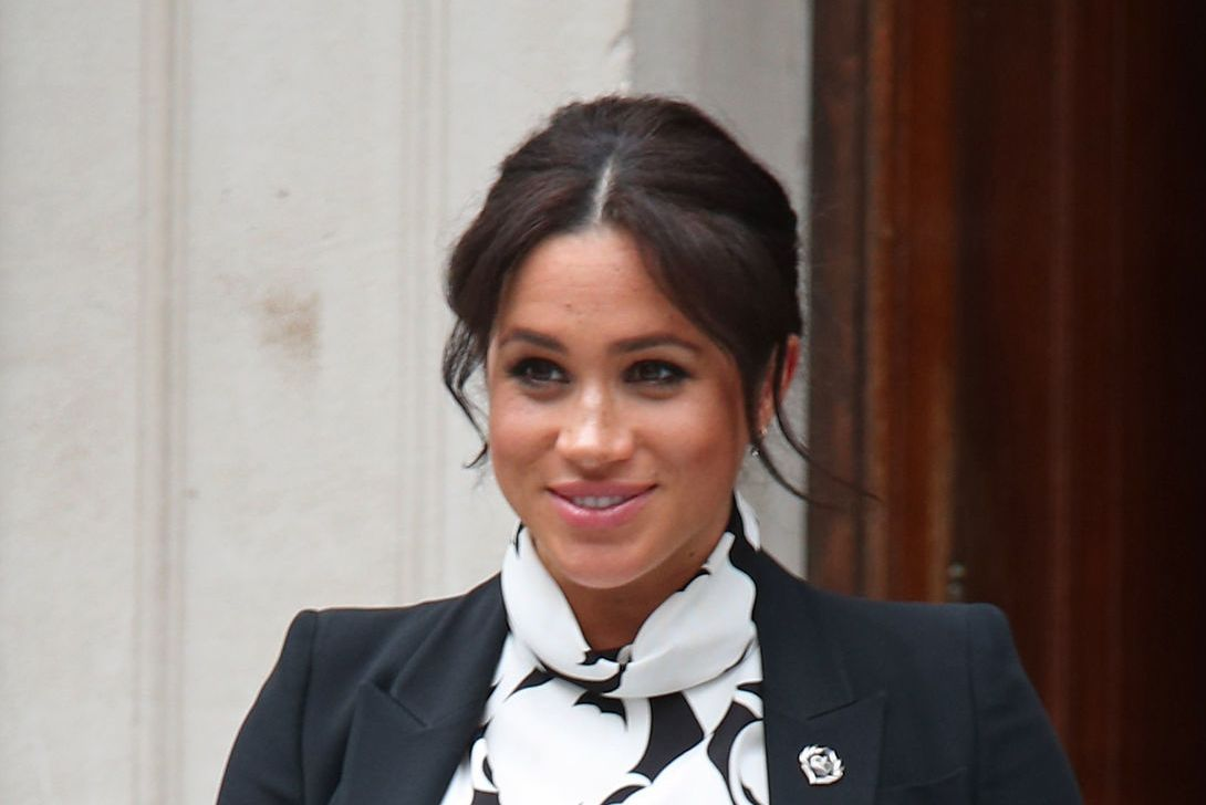 eBay removes fake topless snaps of Meghan after being flagged by Sun Online