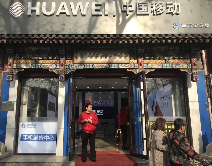 Huawei is legally obliged to cooperate with Chinese intelligence services