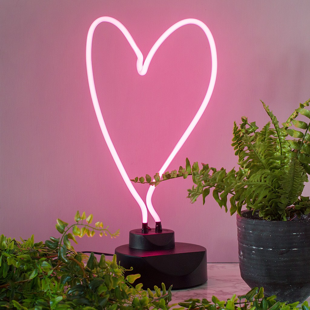 Audenza is selling a £58 heart lamp