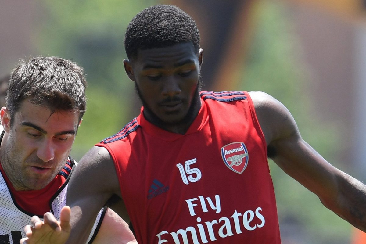 super popular 877b8 969ff Arsenal injury scare as Ainsley Maitland-Niles pulls up in ...
