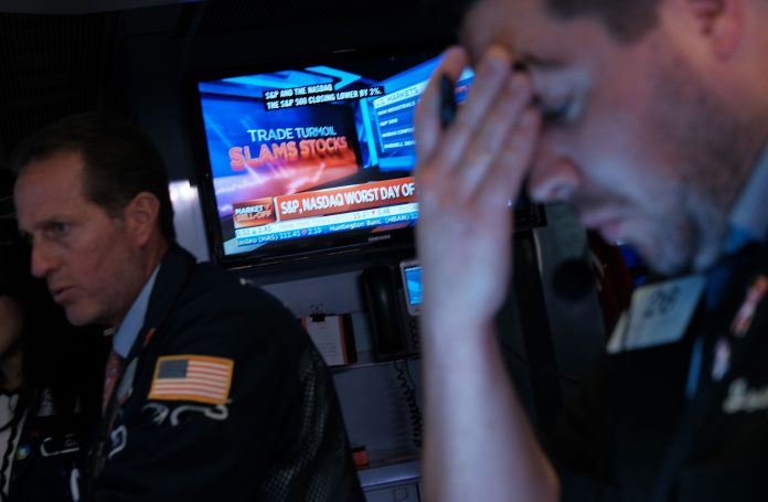 The all-important financial market dropped by more than 800 points