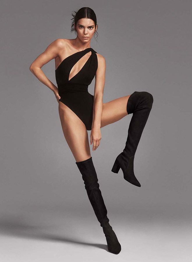 The impressive boots made Kendall's supermodel legs look even longer
