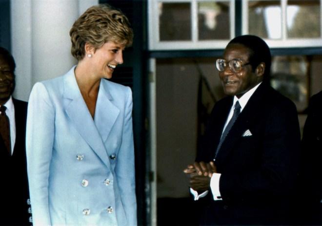 Princess Diana met Mugabe in 1993