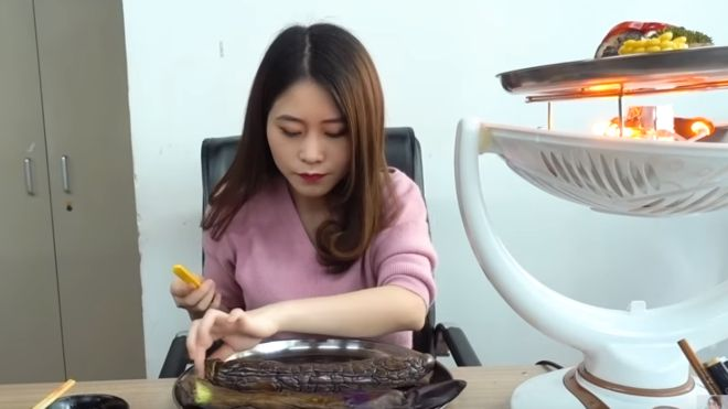 Chinese cooking star Ms Yeah has millions of followers on YouTube