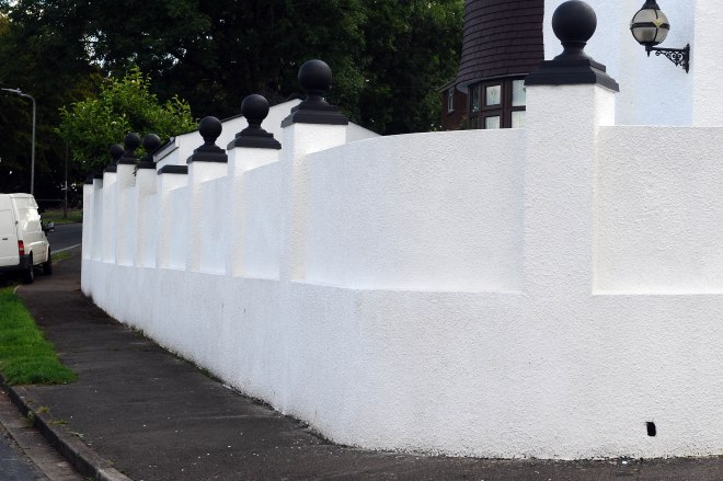 The mum won the appeal to keep bright white wall