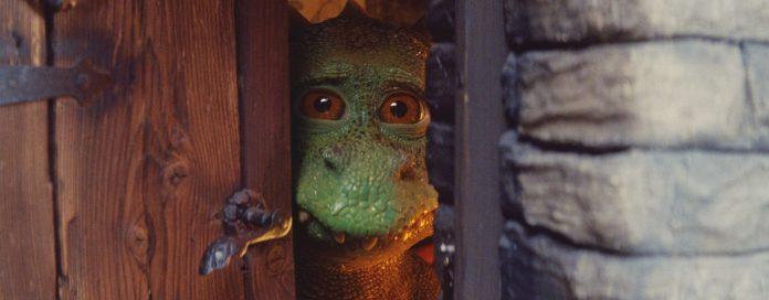 Le dragon s'enferme tellement il est bouleversé qu'il continue à ruiner Noël