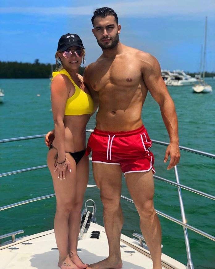 La pareja ha estado saliendo desde 2016