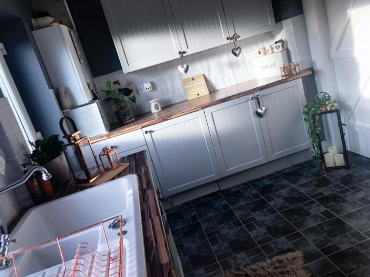 Savvy Mum Updates Tired Kitchen Into A Cosy Space Using B Q And B M Bits And Her Whole Floor Was Only 40,Simple Beautiful Flower Pictures To Draw