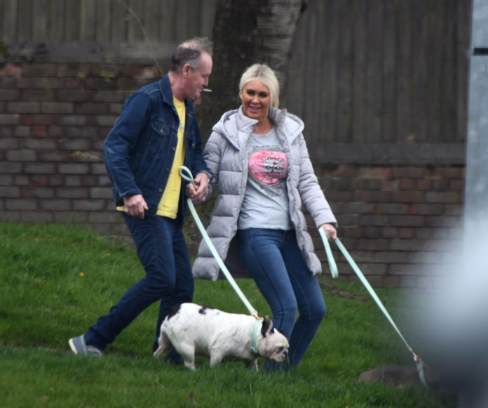 Paul Gascoigne seems to be emerging from the pandemic with a glamorous single mom he met in Spain