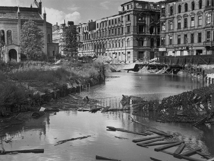 The stretch of water in the postwar Berlin ruins hid the underground station that was used as a hospital in the last days of the war