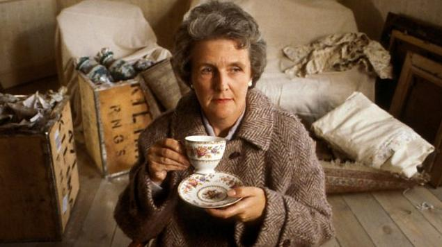 Stephanie Cole was in Soldiering On