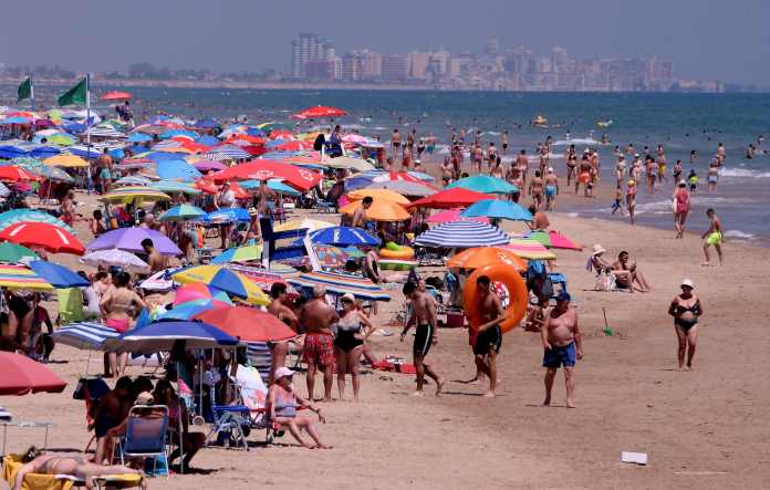 Meanwhile, the beaches of Valencia were full of tourists